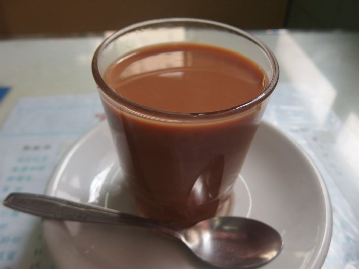 一杯熱咖啡,透出人難以忘懷的回憶。
