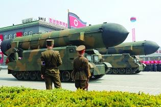 朝鮮閱兵展出彈道導彈