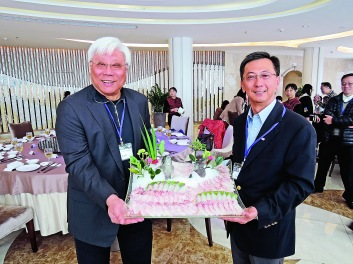 洪克協帶領食品委員會成員參觀三泰環保漁業有限公司